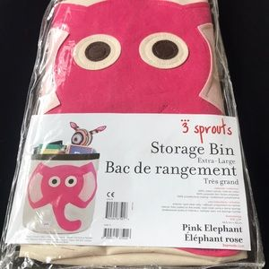 NWT 3 sprouts storage bin extra -large